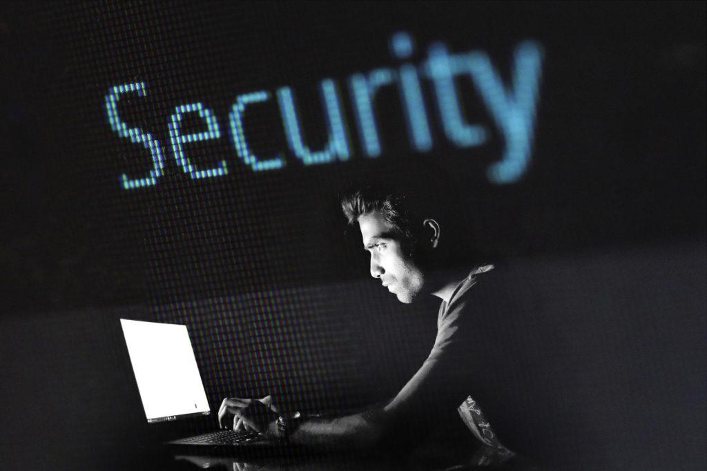 Webdesign Dortmund Hacker aussperren